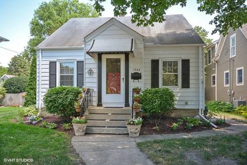 1032 S 2nd, St. Charles, IL 60174