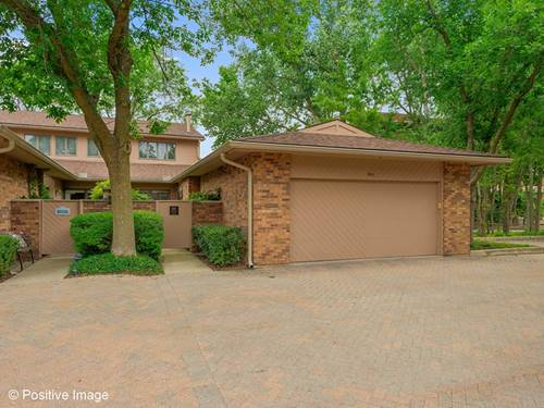1411 Burr Oak Unit 15-A, Hinsdale, IL 60521
