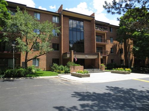 801 79th Unit 101, Darien, IL 60561