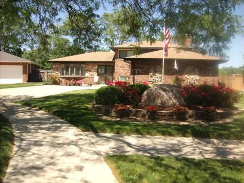 542 W Millns, Addison, IL 60101