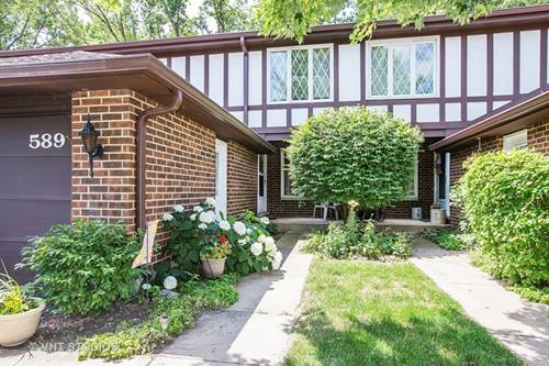 589 St Andrews, Crystal Lake, IL 60014