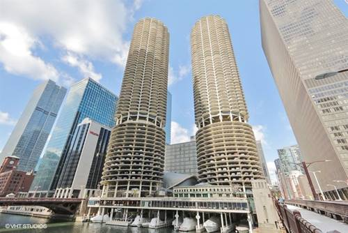 300 N State Unit 4110, Chicago, IL 60654 River North