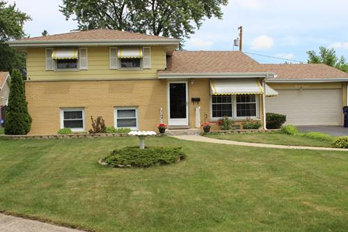 712 Lake Manor, Addison, IL 60101