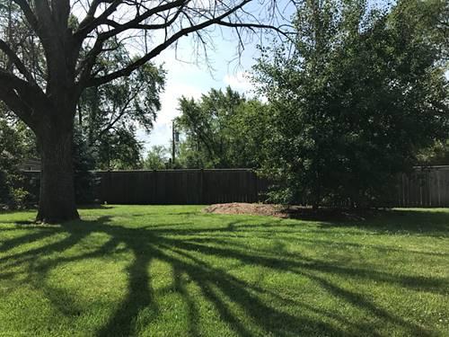 1476 W Marcus, Park Ridge, IL 60068
