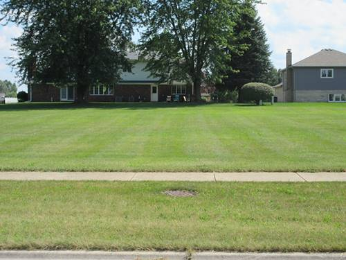 272 Orchard, Beecher, IL 60401