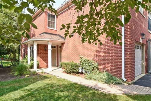 917 Bromley, Northbrook, IL 60062