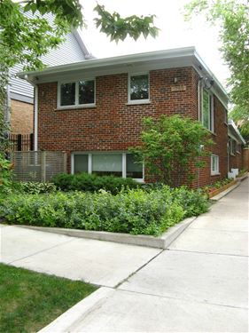 1759 W Barry, Chicago, IL 60657 West Lakeview