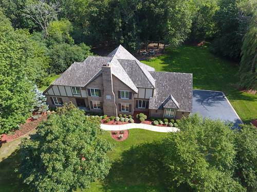 44 Old Lake, Hawthorn Woods, IL 60047