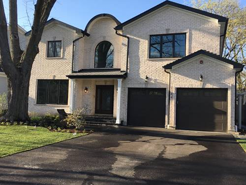 2144 Ash, Northbrook, IL 60062