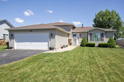 505 Creekside, Minooka, IL 60447