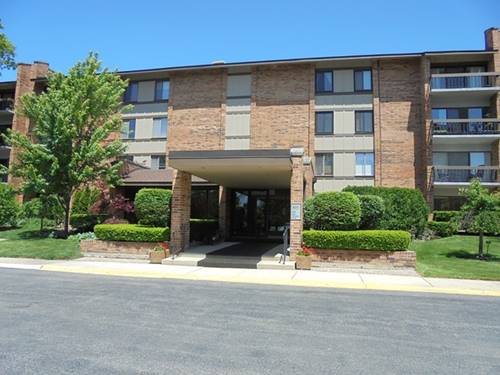 201 Lake Hinsdale Unit 305, Willowbrook, IL 60527
