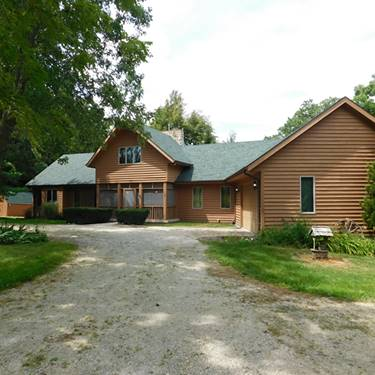 955 Woodlawn, Paw Paw, IL 61353