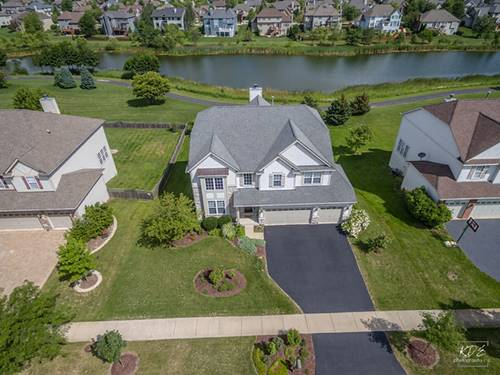 26314 Whispering Woods, Plainfield, IL 60585