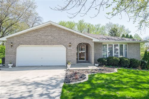 6801 Bentley, Darien, IL 60561