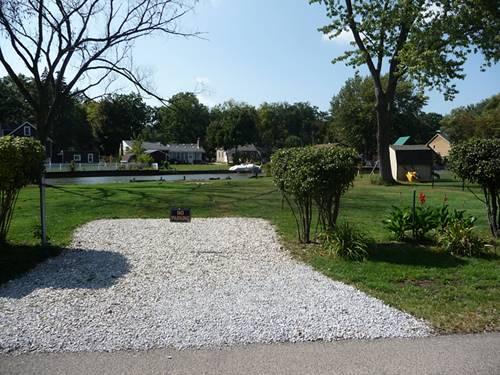 26328 N Willow, Mundelein, IL 60060