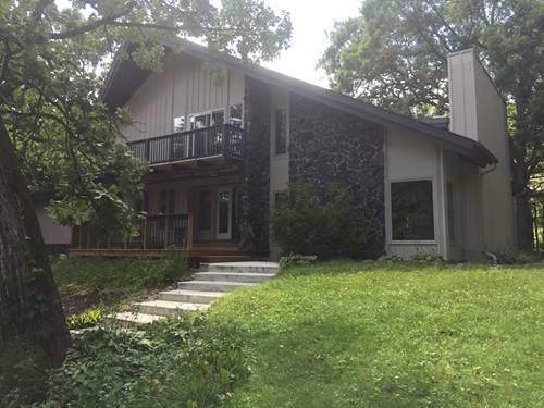 7305 Oakwood, Crystal Lake, IL 60012