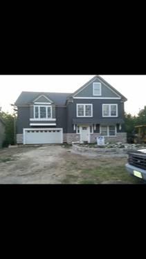 22 Woody, Oakwood Hills, IL 60013
