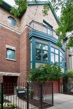 3052 N Paulina, Chicago, IL 60657 West Lakeview