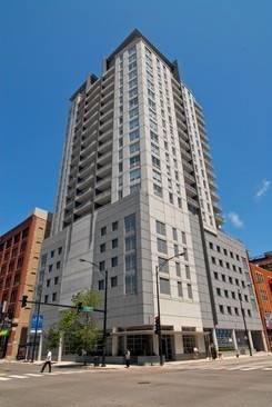330 W Grand Unit 1001, Chicago, IL 60654 River North