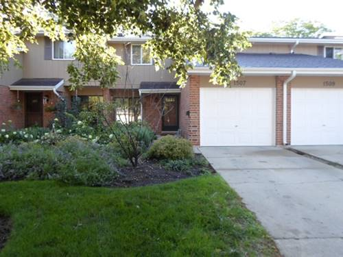 1507 Johnstown, Wheaton, IL 60189