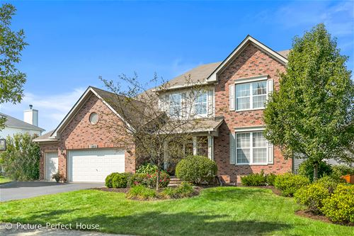 2808 Forest Creek, Naperville, IL 60565