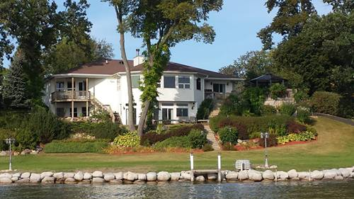 527 Circle, Fox Lake, IL 60020