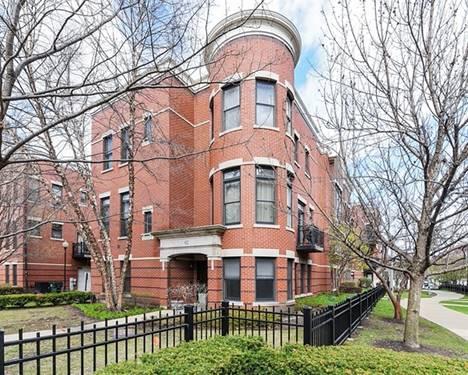 822 W College, Chicago, IL 60608