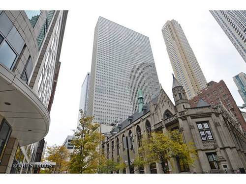 111 E Chestnut Unit 45D, Chicago, IL 60611 Gold Coast