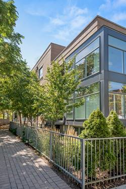 1307 W Wrightwood Unit 104, Chicago, IL 60614 West Lincoln Park