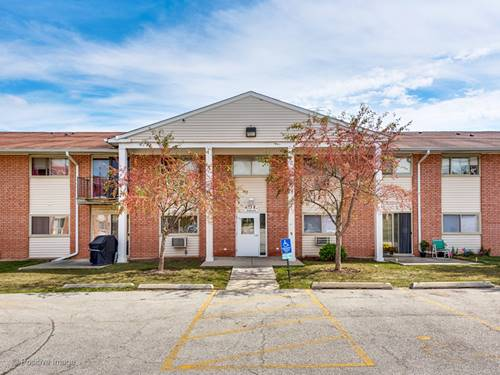 673 E Fullerton Unit 8-108, Glendale Heights, IL 60139