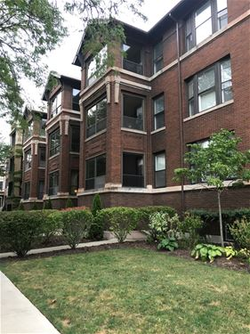 710 W Grace Unit 3, Chicago, IL 60613 Lakeview