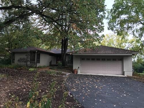 501 Robinwood, Wheaton, IL 60189