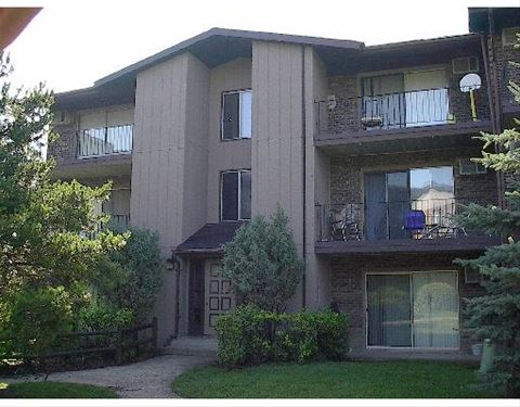 8104 Waterbury Unit 405, Woodridge, IL 60517