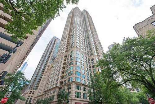 25 E Superior Unit 405, Chicago, IL 60611 River North