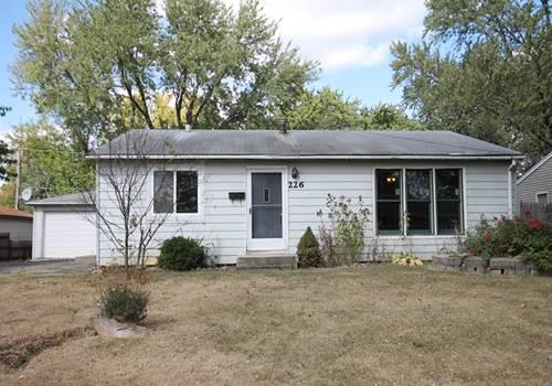 226 Granada, Carpentersville, IL 60110
