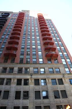 208 W Washington Unit 1612, Chicago, IL 60606 Loop