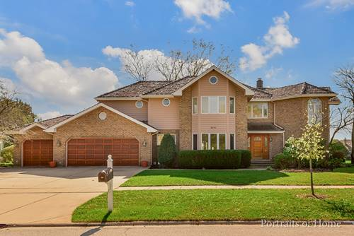 3901 White Eagle, Naperville, IL 60564