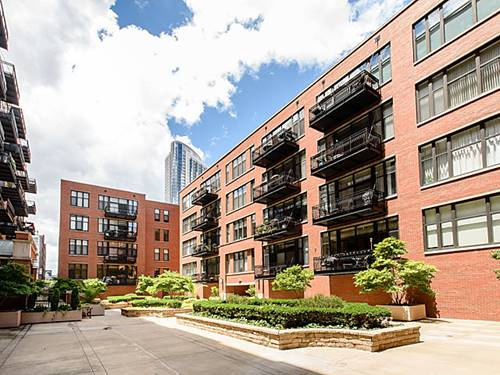333 W Hubbard Unit 218, Chicago, IL 60654 River North