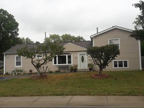 202 Fairway, Carpentersville, IL 60110