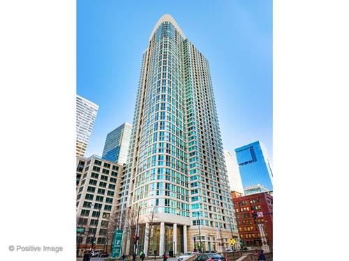 345 N La Salle Unit 3907, Chicago, IL 60654