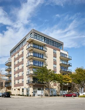 1342 W Randolph Unit PH2, Chicago, IL 60607