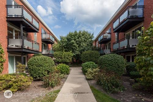 6427 N Damen Unit 1E, Chicago, IL 60645