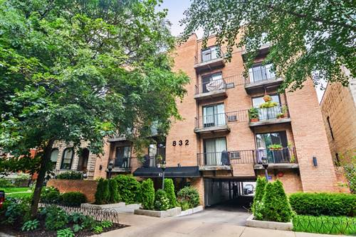 832 W Oakdale Unit 1I, Chicago, IL 60657