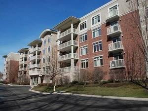 425 Benjamin Unit 410, Vernon Hills, IL 60061