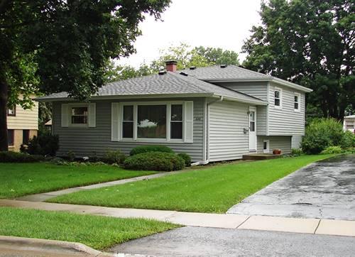 648 N Prairie, Mundelein, IL 60060