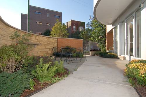 900-914 W Hubbard Unit 105, Chicago, IL 60642