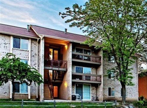 4673 Lake Valley Unit 2C, Lisle, IL 60532