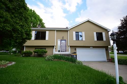 902 Garden, Streamwood, IL 60107