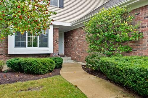 17722 W Stone Manor, Grayslake, IL 60030