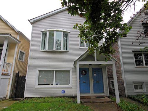 1743 W Newport, Chicago, IL 60657 Roscoe Village